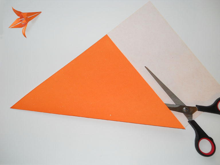 Лилия из бумаги.  Схема оригами как сделать поделку.
