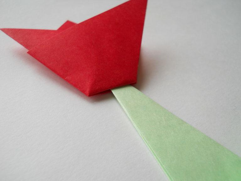 b Оригами для детей /b тюльпан b оригами /b.