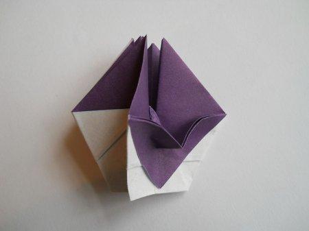 Фиалка из бумаги