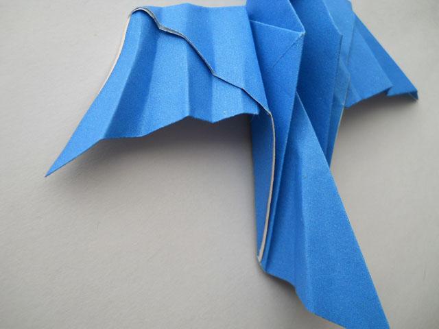 Оригами, как сделать голубя ответ на нашем ресурсе.