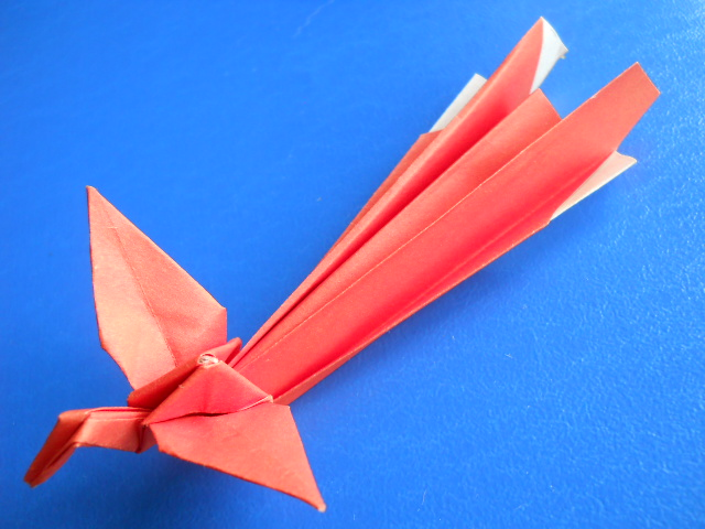 Птицы из бумаги.  Схемы оригами и видео инструкции.