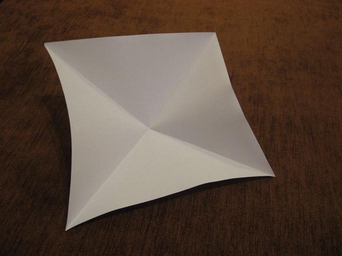 Парусник из бумаги своими руками