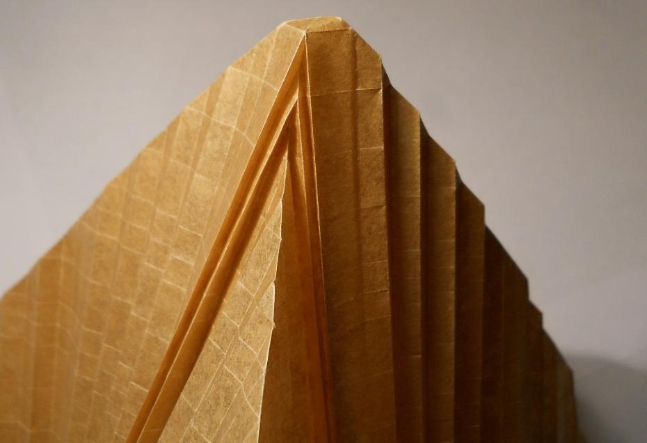 как сделать башню из бумаги.