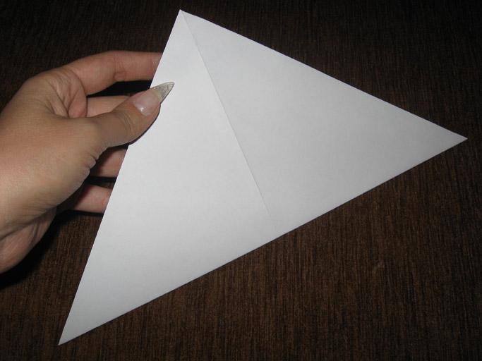Как сделать бантик из бумаги своими руками